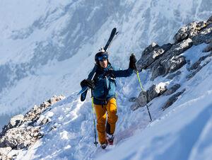 PREMIERE INTO THE SNOW