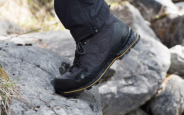 Men Trekking footwear