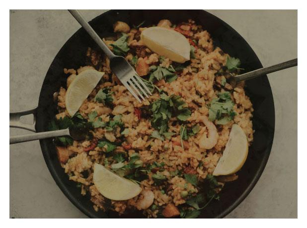 Egg-fried rice with vegetables teaser image